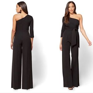 NWT New York & co black one sleeve jumpsuit size M